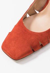 Paco Gil - BIMBA - High heels - brick - 2