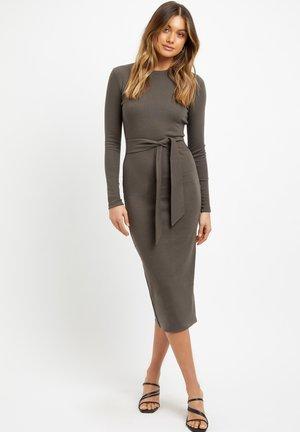 Shift dress - dark khaki/kaki fonce