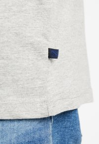 Jack´s Sportswear - CHRISTMAS APPLICATION TEE  - Print T-shirt - grey melange - 5