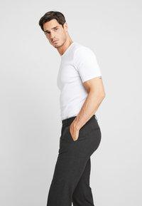 Viggo - SUNNY - Suit trousers - charcoal - 3