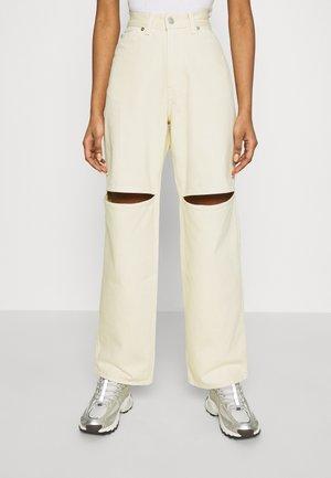 BRAE TROUSERS - Jeans straight leg - vanilla