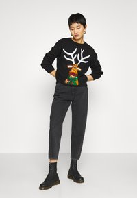 New Look - CHRISTMAS 17.05 WW XMAS SEQUIN REINDEER P82 - Jumper - black - 1