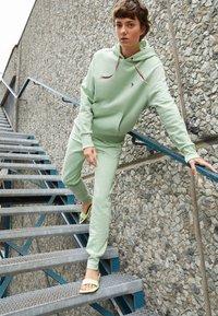 PS Paul Smith - ZEBRA HOODIE - Sweatshirt - mint - 2