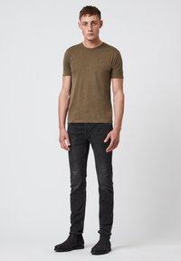 AllSaints - OSSAGE  - Basic T-shirt - dark green - 0