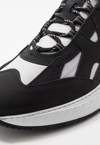 Mercer Amsterdam - Trainers - black/grey - 5