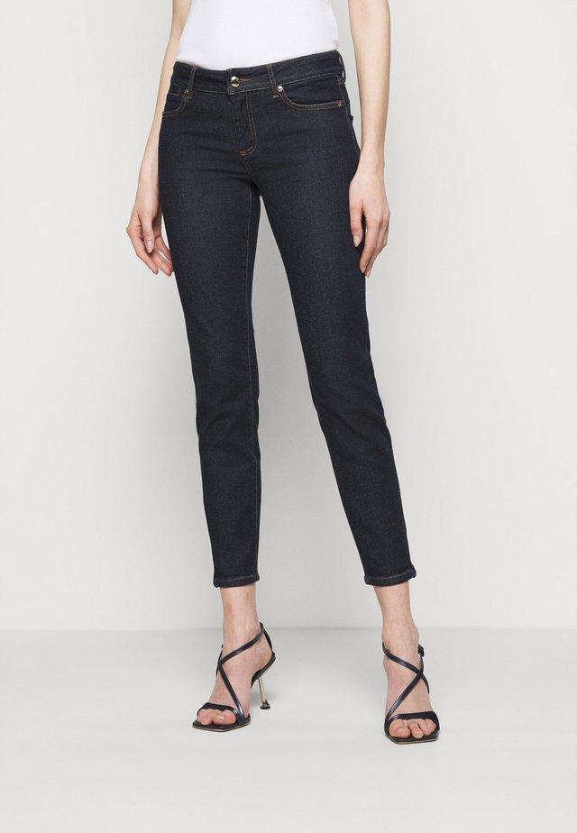 PULVINO - Skinny džíny - nachtblau