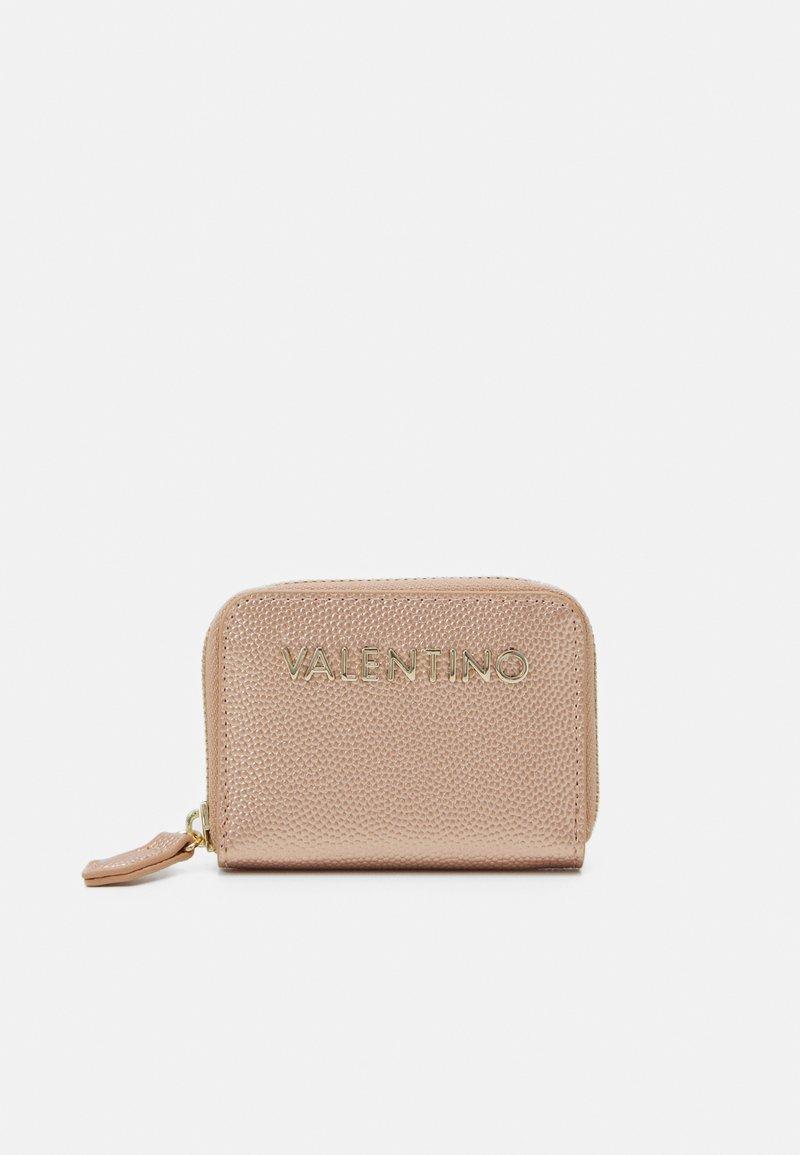 Valentino Bags - DIVINA - Portafoglio - oro rosa