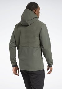 Reebok - THERMOWARM DELTAPEAK FULL-ZIP CONTROL - Zip-up hoodie - green - 2
