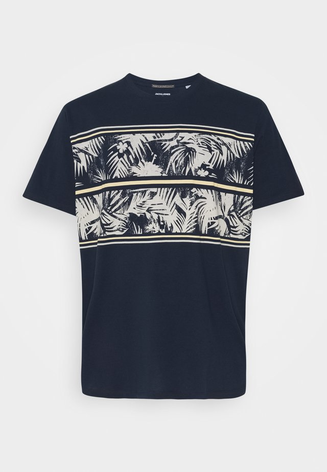 JORSUNNYS TEE CREW NECK - Print T-shirt - navy blazer
