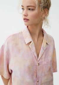 PULL&BEAR - Button-down blouse - pink - 4