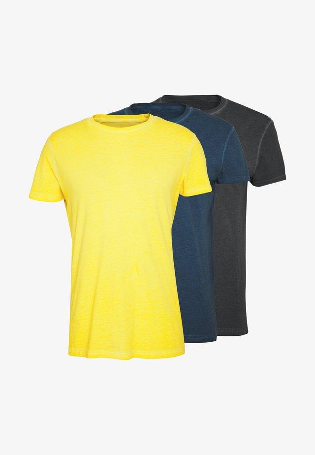 3 PACK - T-shirt basic - blue/black/yellow
