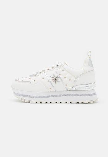 Trainers - soft bianco/argento