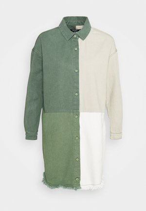COLOURBLOCK OVERSIZED DRESS - Day dress - green