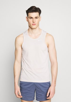 MILER JAQUARD  - Sports shirt - string/white