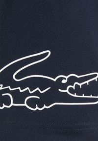 Lacoste Sport - TENNIS BLOCK - Print T-shirt - white/navy blue - 2