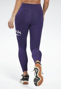 Reebok - COTTON ELEMENTS WORKOUT LEGGINGS - Leggings - purple - 2