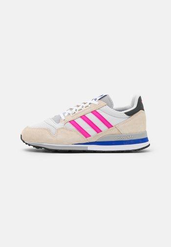ZX 500 - Joggesko - white/shock pink/footwear white