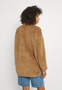 Vero Moda - VMFILLY   - Fleece jumper - brown - 2