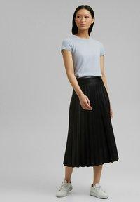 Esprit Collection - Jupe plissée - black - 1