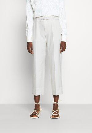 ENAMEL RING PANT - Trousers - ecru