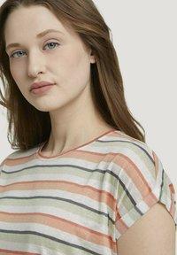 TOM TAILOR DENIM - Basic T-shirt - multicolor stripe - 3