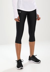 Under Armour - FLY FAST CAPRI - 3/4 sports trousers - black - 0