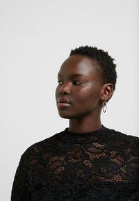Anna Field Curvy - Långärmad tröja - black - 4