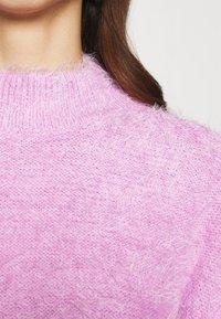 NA-KD - STEPHANIE DURANT - Strikket kjole - pink - 7