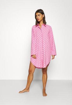 DOT SHIRT AND MAKE-UP BAG SET - Koszula nocna - begonia pink