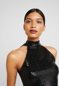 Dorothy Perkins - SEQUIN BOW BACK HALTER - Bluser - black - 5