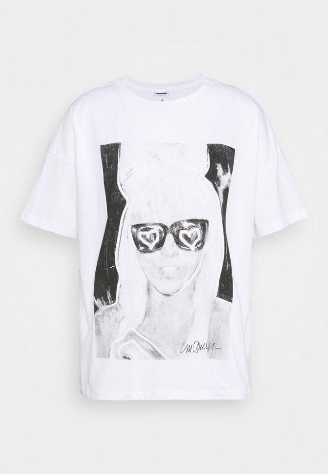 NMIDA - T-Shirt print - bright white