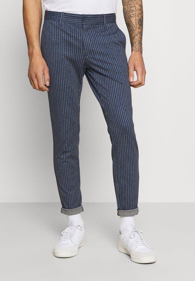 ONSMARK PANT STRIPES - Kalhoty - dress blues