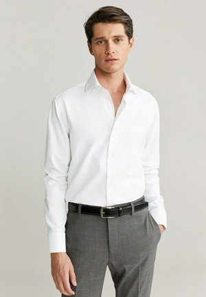 ANGUS - Formal shirt - weiß