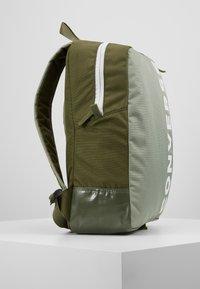 Converse - SPEED BACKPACK - Reppu - jade stone/field surplus/vivid - 3
