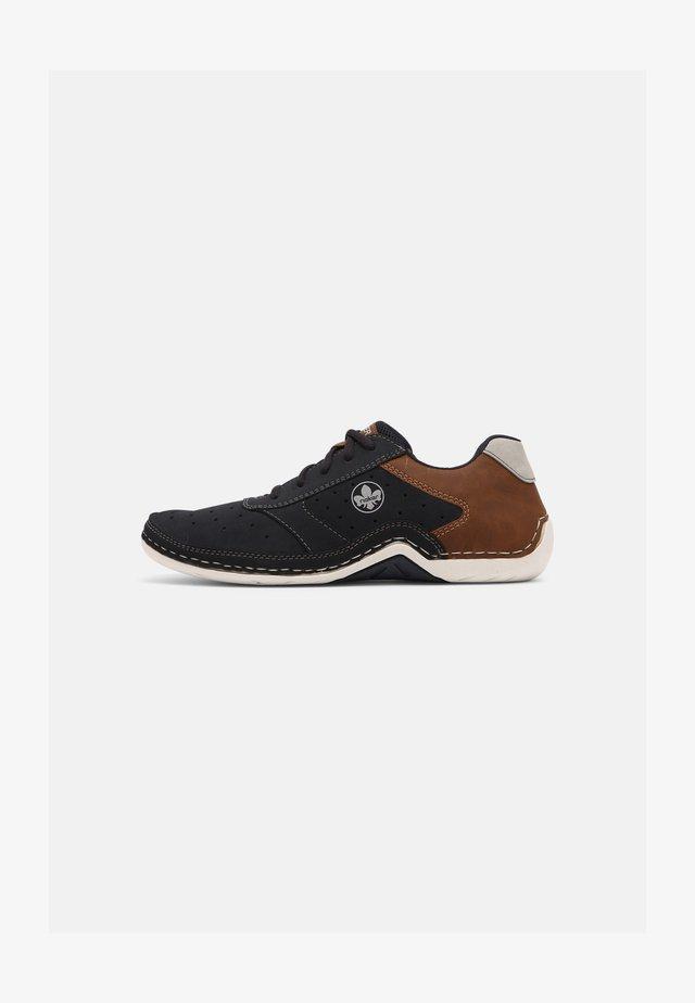 Šněrovací boty - pazifik/mandel/cement