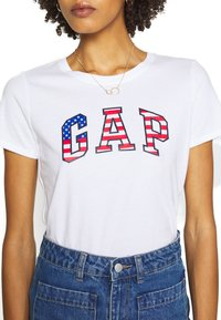 GAP - FLAG TEE - T-shirt z nadrukiem - white - 5