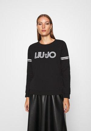CHIUSA - Sweatshirt - nero