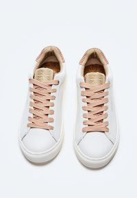 Pepe Jeans - Trainers - pale - 1