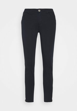 SUMNER DAZE PANT - Trousers - navy