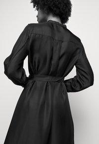 Lovechild - MARILLA - Koktejlové šaty/ šaty na párty - black - 3