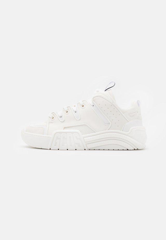 SLIM - Sneakers basse - white