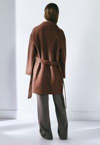 Massimo Dutti - Classic coat - light brown - 2