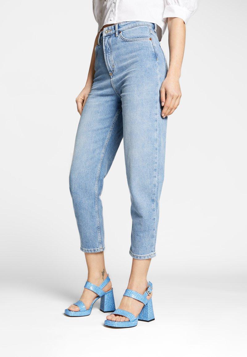 L37 - LOSE MYSELF - Sandals - blue