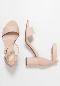 Clarks - DEVA MAE - Sandaler - nude - 3