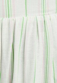 Bershka - LANGES LEINENKLEID MIT STREIFEN UND VOLANTS  - Jurk - multi-coloured - 5