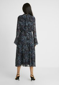 Hope & Ivy Tall - HANKEY HEM DRESS WITH FLUTED SLEEVE - Juhlamekko - blue - 3
