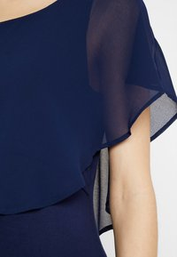 Seraphine - MEREDITH NURSING - T-shirts med print - navy - 4
