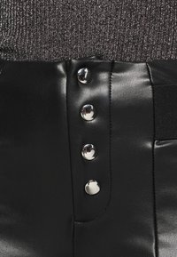 ONLY - ONLZABO BUTTON - Leggingsit - black - 5