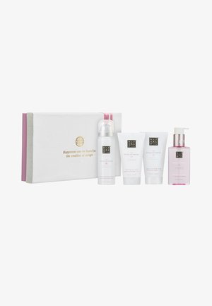 THE RITUAL OF SAKURA - RENEWING TREAT 2019 GESCHENKSET SMALL - Bath and body set - -