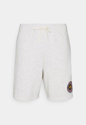 ESSENTIALS ATHLETIC CLUB - Shorts - white